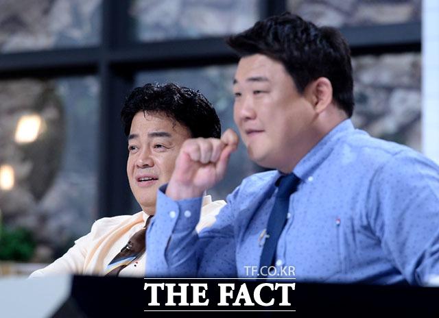 앞에서 애처롭게 바라보는 백종원과 김준현