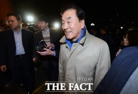 [TF포토] '좌장' 이재오 비롯한 MB계 총출동한 송년 모임