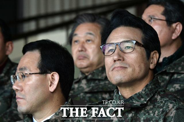 브리핑 듣는 주호영-김무성-정병국