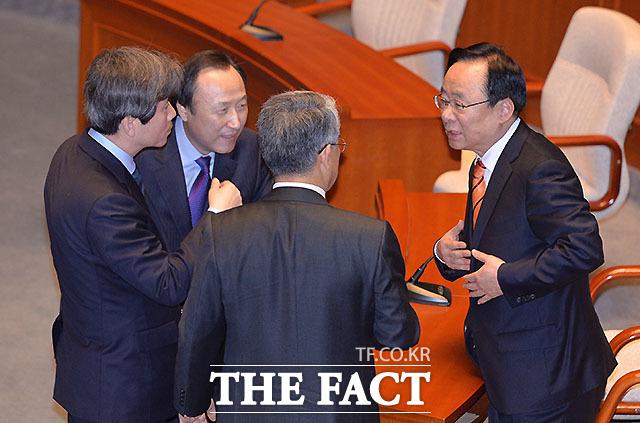 이인영 더불어민주당, 홍일표 개혁보수신당, 김동철 국민의당 간사와 이주영 위원장(왼쪽부터)