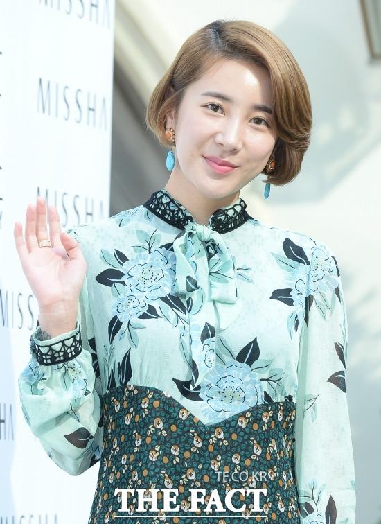 가수 서인영이 JTBC 님과 함께 하차와 동시에 동영상 논란에 휩싸였다. /이덕인 기자