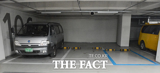 지난 25일 취재한 서울 노원구 꿈의숲 SK뷰 아파트는 광폭 주차 공간을 부분적으로 설계해 입주자들의 만족도를 높이고 있다. /이덕인 기자