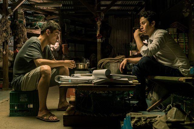영화 '재심' 속 배우 강하늘-정우. 배우 강하늘과 정우(오른쪽)는 영화 '재심'에서 주연배우로 나섰다. /'재심' 스틸
