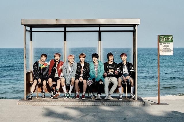 방탄소년단 빌보드 200 4연속 진입. 방탄소년단은 한국 가수 최초로 빌보드 200에 네 번 연속 이름을 올렸다. /빅히트엔터테인먼트 제공