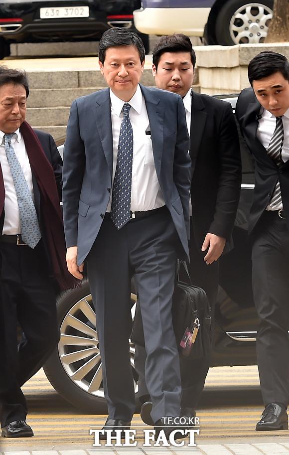 신 총괄 회장의 첫째 아들 신동주 전 롯데홀딩스 부회장