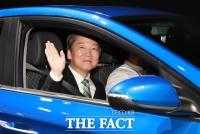 [TF포토] '미래를 체험해요!'…자율주행차 탑승한 안철수