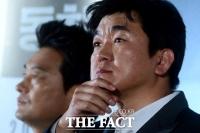 [강일홍의 연예가클로즈업]'숙취 인터뷰' 윤제문, 자숙은커녕 태도까지 '빵점'