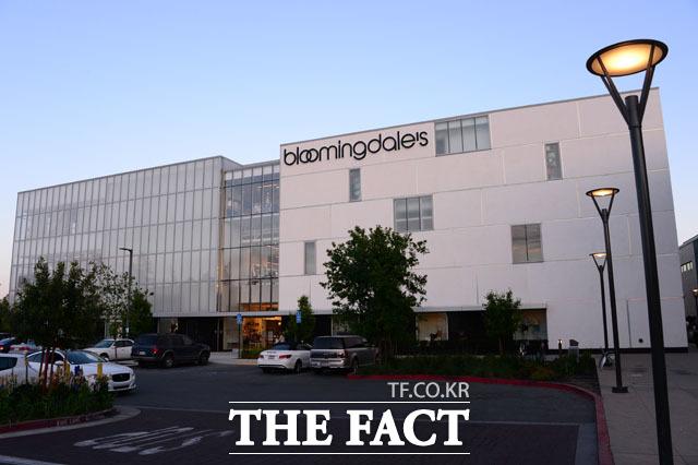 안설희 씨가 주로 이용했을 것으로 추정되는 스탠포드 대학 내 스탠포드 쇼핑센터에 위치한 블루밍데일즈 백화점./미국 팔로알토=남윤호 기자