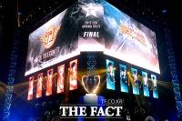 [TF포토] '우승은 우리가!' 롤챔스 결승 빛내는 10명의 플레이어들