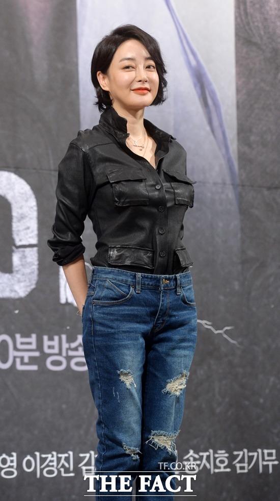 배우 김혜은 이색 이력 눈길, 성악, 아나운서, 배우!. 배우 김혜은이 걸어온 이색 이력에 관심이 집중되고 있다./더팩트 DB