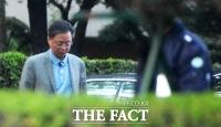 [단독] '구속 피한' 우병우, 은밀한 '서울 생활'…사주경계는 '필수'