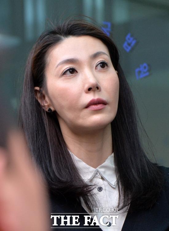 배우 성현아가 성매매 혐의에 대해 무죄 판결을 받고 복귀를 계획하던 중 갑작스러운 남편의 죽음으로 안타까운 상황에 놓였다. /문병희 기자