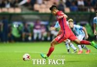 [TF포토] 2점차로 달아나는 백승호의 '페널티킥 골'