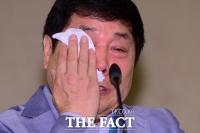 [TF포토] '송대관과 폭언 논란' 홍상기-김연자, 눈물로 억울 호소