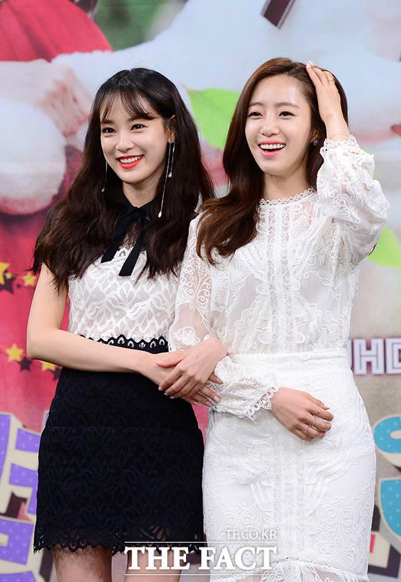 쌍둥이 자매 이주연(왼쪽) 함은정