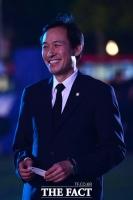 [TF포토] 이한열 30주기 문화제 찾은 우상호 의원