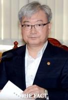 김석동 전 금융위원장, 재등판? '대책반장'vs'론스타 협조'