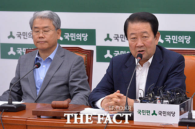 박주선 비상대책위원장의 국민의당 죽이기 모두발언으로 회의는 시작
