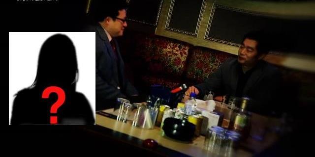 유명 프랜차이즈 대표와 여자연예인 K의 협박공갈 사건 이후 연예계 스폰서 의혹이 다시 수면 위로 올라왔다. 사진은 SBS '그것이 알고싶다-시크릿 리스트와 스폰서 편'의 한 장면. /SBS 방송캡쳐, 더팩트 DB
