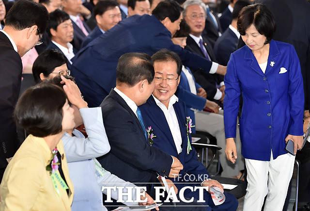 홍준표 '박주선 대표, 내 마음 알지요?'