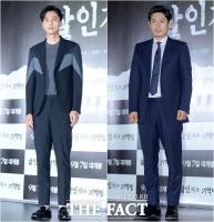 [TF포토] 김남길-설경구, '무게감 넘치는 두 배우'