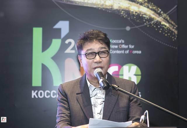 SM엔터테인먼트 이수만 총괄 프로듀서가 한국-인도네시아 문화콘텐츠포럼에 기조연설자로 나섰다. 그는 향후 문화콘텐츠의 중심에 AI가 있을 것으로 내다봤다. /SM엔터테인먼트 제공