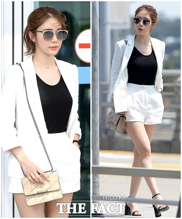 화보 촬영차 5월 18일 오후 인천국제공항을 통해 일본 오키나와로 출국하는 배우 유인나