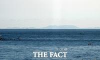 [TF포토] '보인다 보여!'…육안으로 보이는 쓰시마 섬