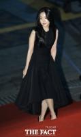 [TF포토] 손나은, '고혹미 뽐내며 영화제 나들이'