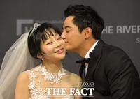 [TF포토] 이세창-정하나, '13살 극복한 사랑의 결실'