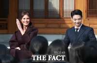 [TF포토] 美 멜라니아 여사 만난 샤이니 민호