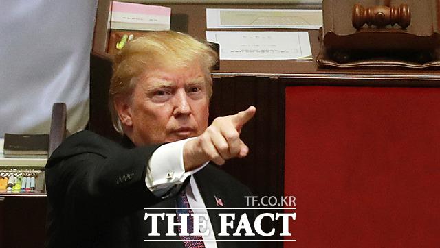 백악관에 따르면 트럼프 대통령은 팔레스타인 자치정부와 요르단, 사우디아라비아, 이집트 정상 등에게 예루살렘을 이스라엘 수도로 인정하겠다는 의사를 전달했다.  /사진공동취재단