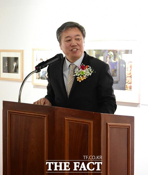 축사하는 정규성 한국기자협회장