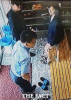 [TF단독 이장면⑤] CCTV 속 안철수 대표,