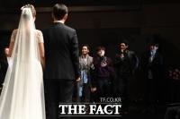 [TF포토] 정인영 아나운서 결혼식 빛낸 '★ 하객'