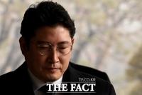 [TF포토] 조현준 효성 회장, '비자금·배임 의혹으로 검찰 소환'