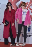 [TF포토] 안선영-최은경, '시선 강탈하는 선글라스'