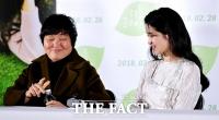 [TF사진관] 김태리 눈에서 하트가…'물병 여는 거장의 힘'