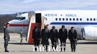 [TF포토] 평양길 오르는 대북 특사단
