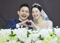 [TF포토] 김형인, '행복한 새신랑의 함박 웃음~'