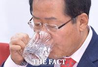 [TF초점] 홍준표號 한국당의 위기, '인물난'에 '입맛 공천' 논란까지