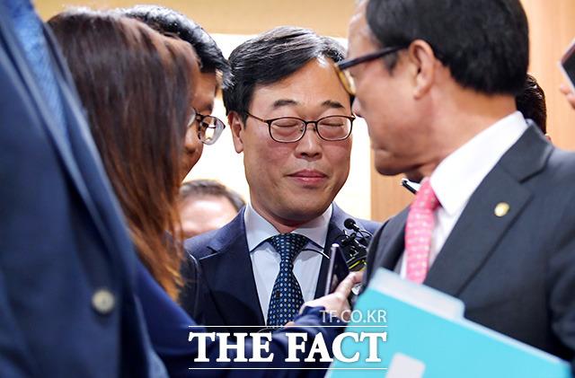 취재진이 부담스러운 김 원장?!