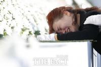 [TF포토] 마르지 않는 눈물...'오열하는 세월호 유가족'