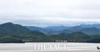 [TF사진관] '한반도에 봄은 오는가?'…적막감 흐르는 북한 풍경