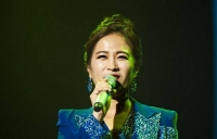 가수 김정연, 孝행복콘서트 눈물바다 된 사연은?