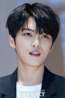 [TF포토] 김재중 '자꾸만 빠져드는 영롱한 눈빛'