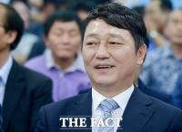 [TF포토] '국회 재입성하나?'…미소 번진 '문재인의 호위무사'