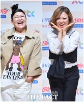 [TF포토] 이영자-김숙, '비글미 넘치는 포토타임'