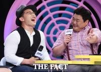[TF포토] 마이크로닷, 연인 홍수현 질문에 '감출수 없는 사랑의 감정'