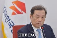 [TF포토] 자유한국당 구원투수 '김병준 비대위원장'